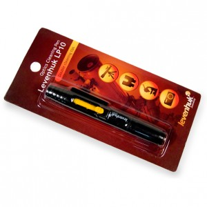 Карандаш для чистки оптики фото- и видеокамер Levenhuk Cleaning Pen LP10